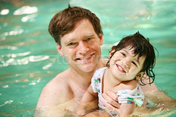 Stock fotó: Apa · kisgyerek · fiú · úszik · úszómedence · gyermek
