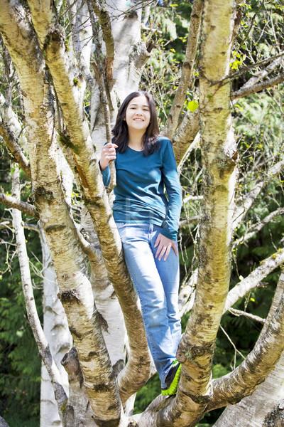 Genç genç kız ayakta huş ağacı ağaç Stok fotoğraf © jarenwicklund
