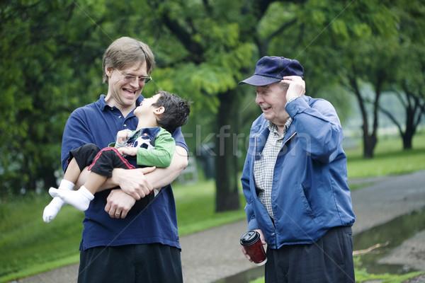 Foto stock: Tres · generaciones · junto · amor · nino · verde