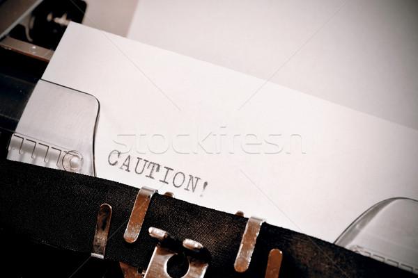 Precaución texto edad negro blanco papel Foto stock © jarin13