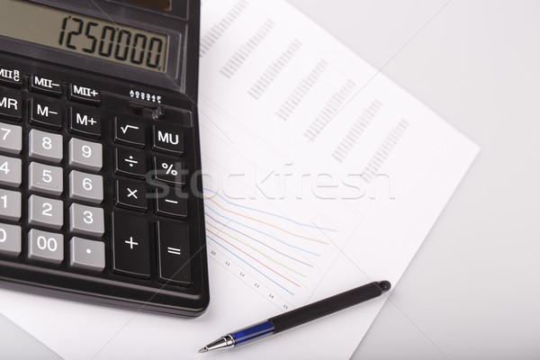 Business charts calculator pen witte papier Stockfoto © jarin13