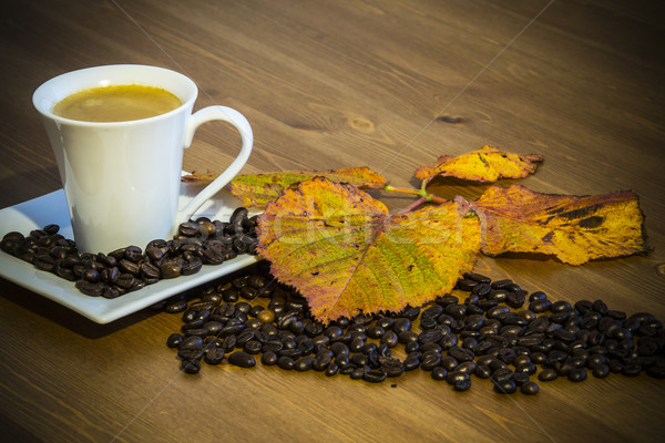 Tasse de café soucoupe table en bois feuille amour bois Photo stock © jarin13