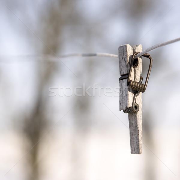 Gebroken wasknijper draad focus voorgrond voorjaar Stockfoto © jarin13