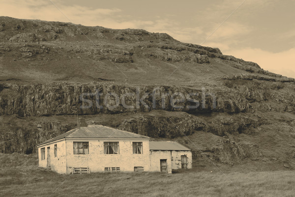 Old Farmhouse Stock photo © jarin13