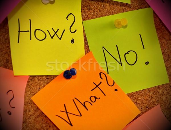 Hirdetőtábla öntapadó jegyzet figyelmeztetés parafa tábla sok papír Stock fotó © jarin13