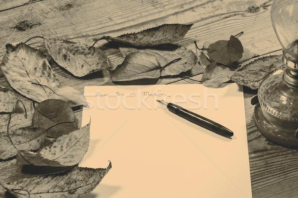Ouderwets brief pen kantoor hout licht Stockfoto © jarin13