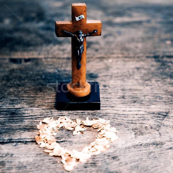 Stok fotoğraf: Güzel · eski · çapraz · İsa · kalp · sarı