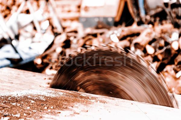 Rundschreiben sah Klinge alten Haus Stock foto © jarin13