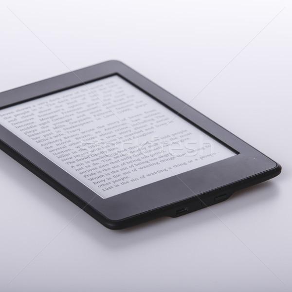 Siyah e-kitap okuyucu tablet beyaz teknoloji Stok fotoğraf © jarin13