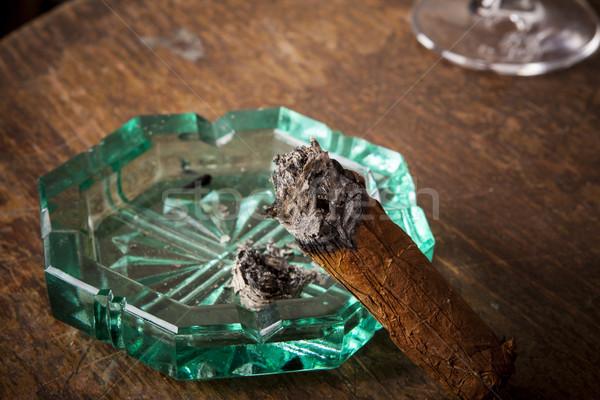 Puro küllük alkol içmek detay duman Stok fotoğraf © jarin13