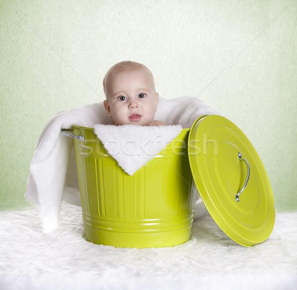 Baba vödör kicsi portré fiú gyerek Stock fotó © jarp17