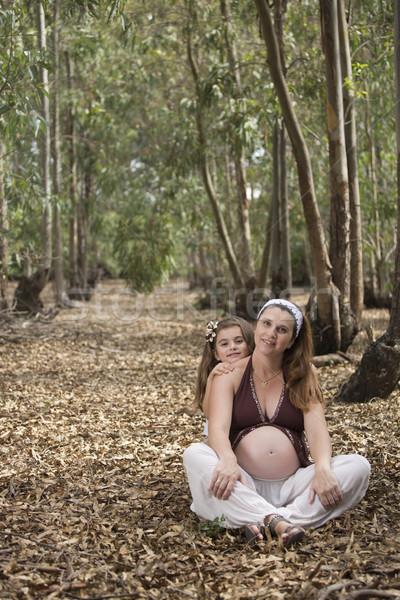 Mãe filha floresta mulher grávida belo outono Foto stock © jarp17