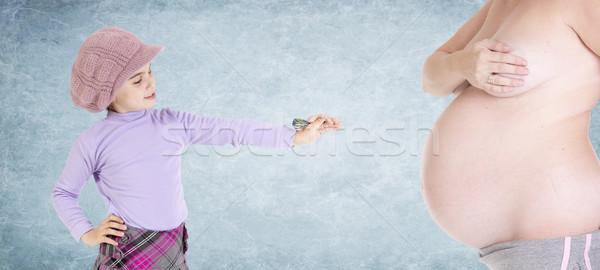Alvo barriga menina jogar dardos grávida Foto stock © jarp17