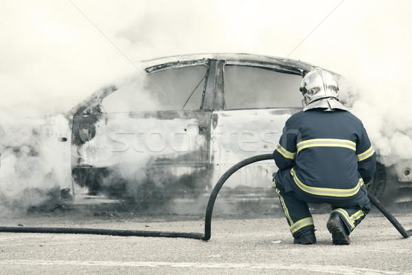 Emergência fogo fora pessoa segurança proteção Foto stock © jarp17
