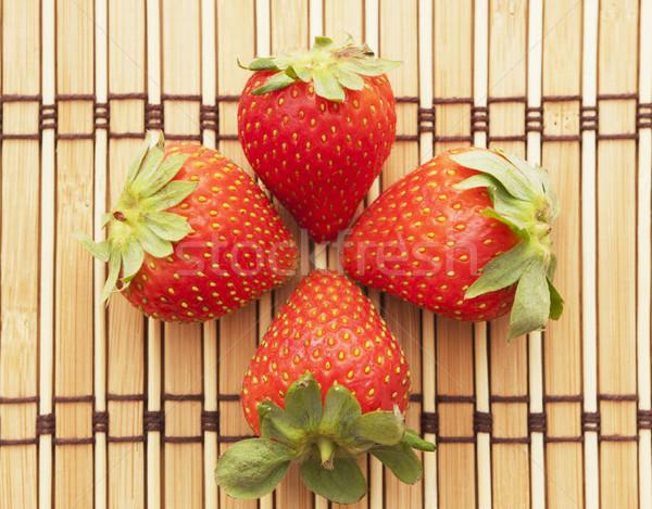 четыре клубника свежие клубники продовольствие Сток-фото © jarp17