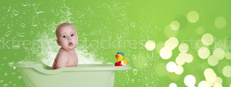 Baby anatra verde piccolo vasca da bagno ritratto Foto d'archivio © jarp17