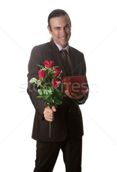 çiçekler sevmek genç hediye kırmızı kutu Stok fotoğraf © jarp17