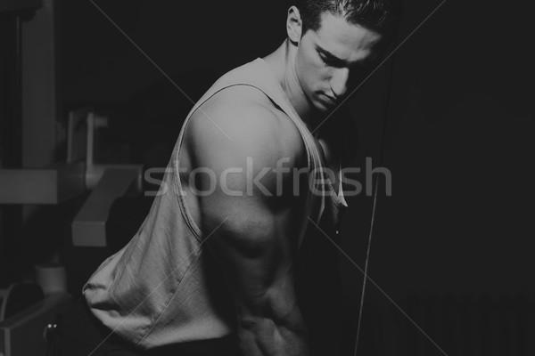 Fiatalember testmozgás tricepsz egészséges klub fiatal Stock fotó © Jasminko