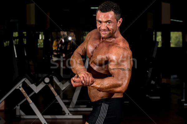 ストックフォト: 筋肉の · ボディービルダー · サイド · 胸 · 男