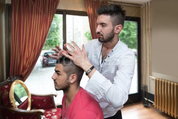 профессиональных парикмахер короткие волосы модель молодым человеком новых Сток-фото © Jasminko