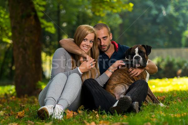 Feliz casal boxeador família cão retrato Foto stock © Jasminko