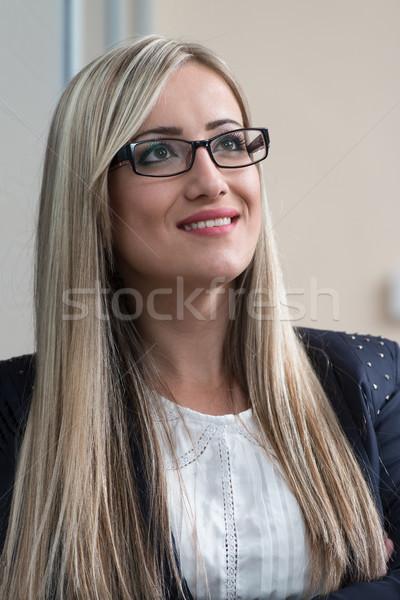 Gelukkig zakenvrouw kantoor jonge zakenvrouw werk Stockfoto © Jasminko