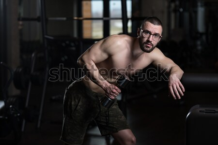 Jonge man triceps gezonde club jonge Stockfoto © Jasminko