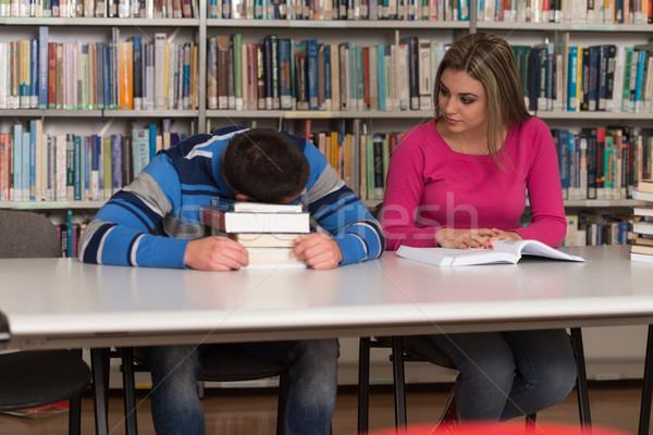 Stok fotoğraf: Öğrenciler · ödev · büro · lise · oturma