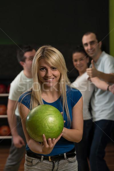 Boliche amigos esportes homens diversão cores Foto stock © Jasminko