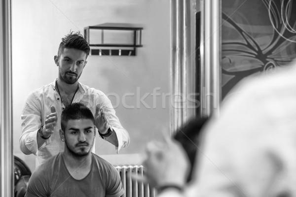 Tükröződés haj stylist hajstílus fodrász fiatalember Stock fotó © Jasminko