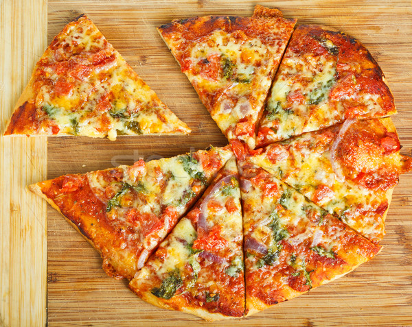 Eigengemaakt pizza heerlijk houten restaurant Stockfoto © jaykayl