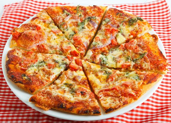 Eigengemaakt pizza plaat heerlijk tabel Stockfoto © jaykayl