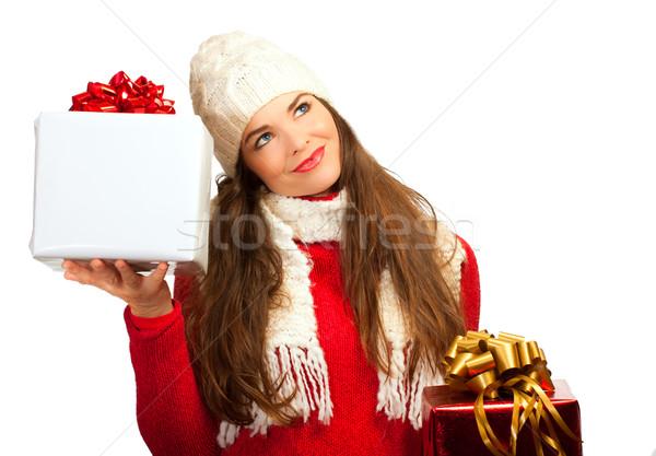 Mooie jonge vrouw wat christmas aanwezig kopen Stockfoto © jaykayl