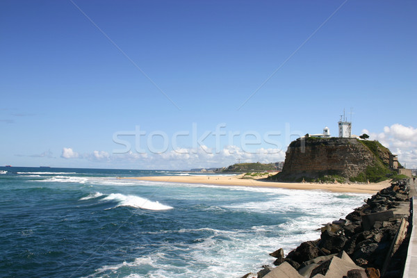 Faro newcastle Australia histórico mojón playa Foto stock © jeayesy