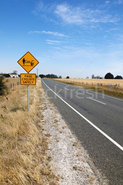 Ciclismo sicurezza segno lato strada tasmania Foto d'archivio © jeayesy