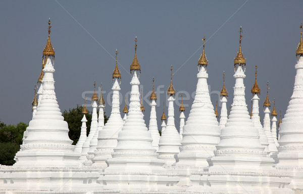Myanmar blanche pagode birmanie temple complexe Photo stock © jeayesy