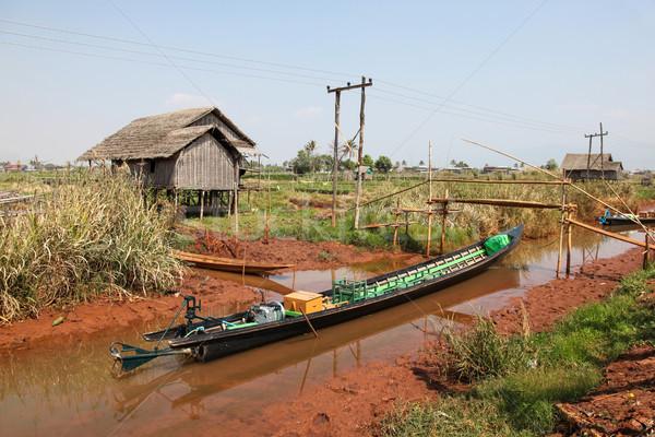 Longo cauda barco lago birmânia cena rural Foto stock © jeayesy