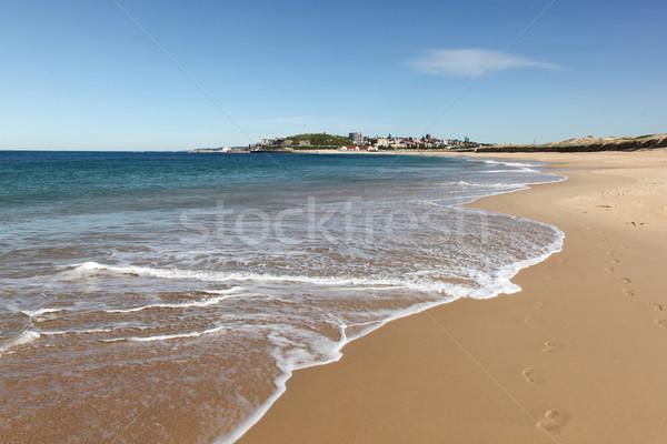 Tengerpart Newcastle Ausztrália népszerű második város Stock fotó © jeayesy