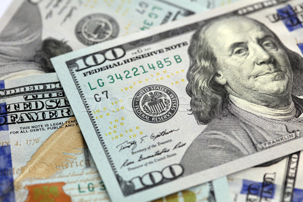 Amerikaanse honderd dollar merkt een ondiep Stockfoto © jeayesy