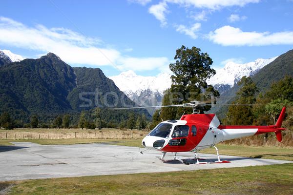 Nueva Zelandia helicóptero aterrizaje Fox glaciar utilizado Foto stock © jeayesy