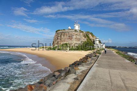 Világítótorony Newcastle Ausztrália történelmi tájékozódási pont tengerpart Stock fotó © jeayesy