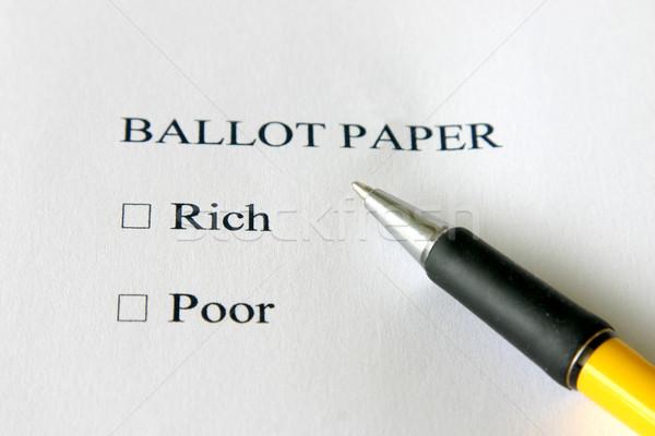 Gazdag szegény szavazás fekete fehér szegénység Stock fotó © jeayesy