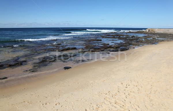 Newcastle Ausztrália nap tengerpart lyuk második Stock fotó © jeayesy