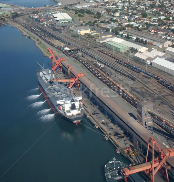Szén hajó Newcastle Ausztrália légifelvétel ki Stock fotó © jeayesy
