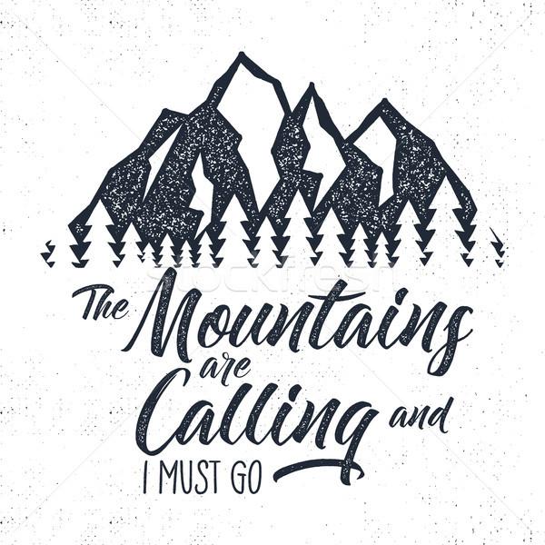 Kézzel rajzolt hegy címke hív illusztráció tipográfia Stock fotó © JeksonGraphics