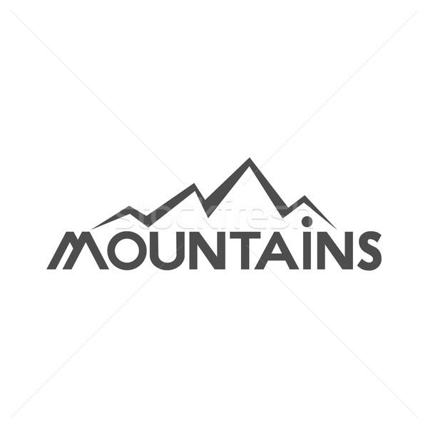 Kézzel rajzolt hegyek kitűző vadon öreg stílus Stock fotó © JeksonGraphics