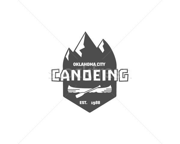 ヴィンテージ 山 ラフティング キャンプ ロゴ ラベル ストックフォト © JeksonGraphics