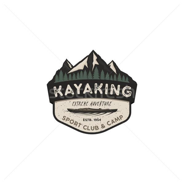 Kajakozás klasszikus kitűző hegy felfedező címke Stock fotó © JeksonGraphics