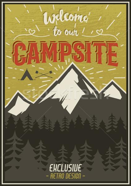 Foto stock: Retro · viaje · tipografía · anunciante · camping · símbolos