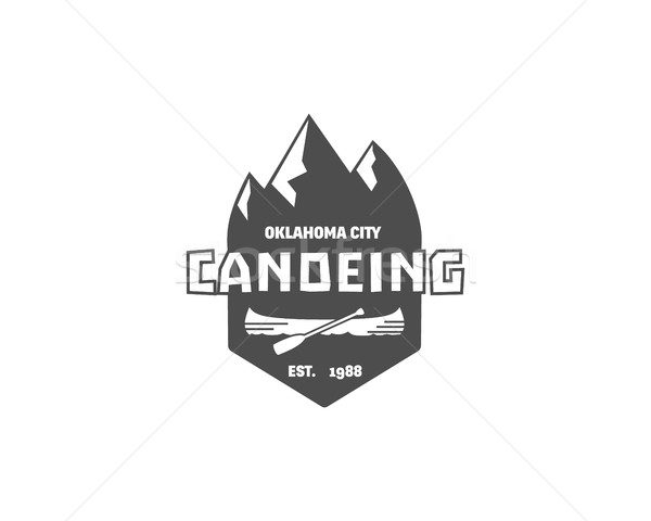 Vintage montanha rafting acampamento logotipo etiqueta Foto stock © JeksonGraphics